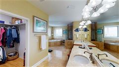 Luxury real estate Canal Hideaway