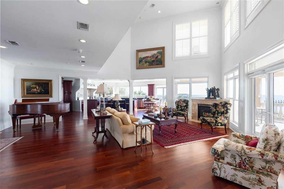 Luxury homes Unexpected beauty and a true sense of grandness