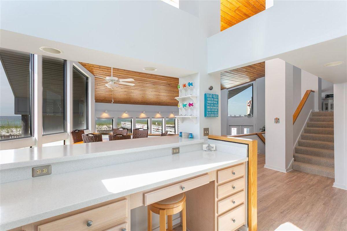 Luxury homes Pensacola Beach Gulf-front dream home