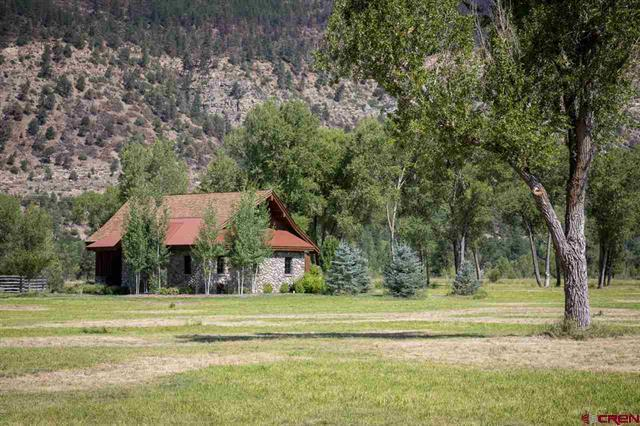 Luxury properties The Heart of The Animas Valley