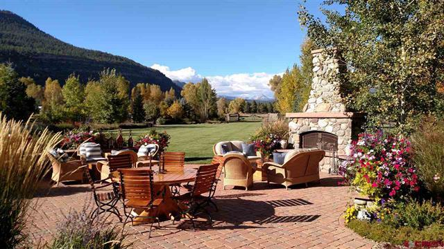 Mansions in The Heart of The Animas Valley