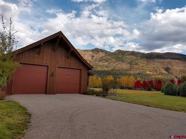 Luxury real estate The Heart of The Animas Valley