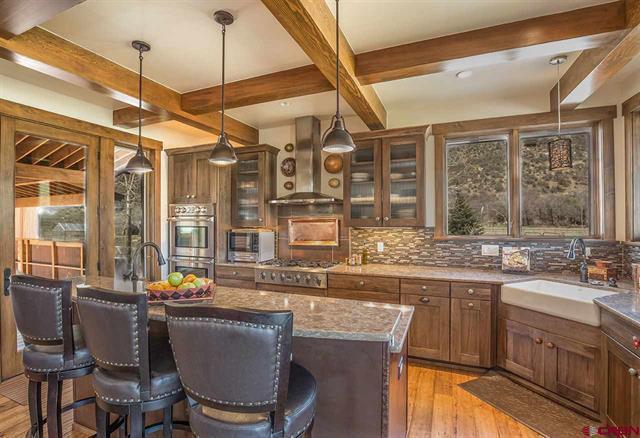 Rancho del Lago luxury homes