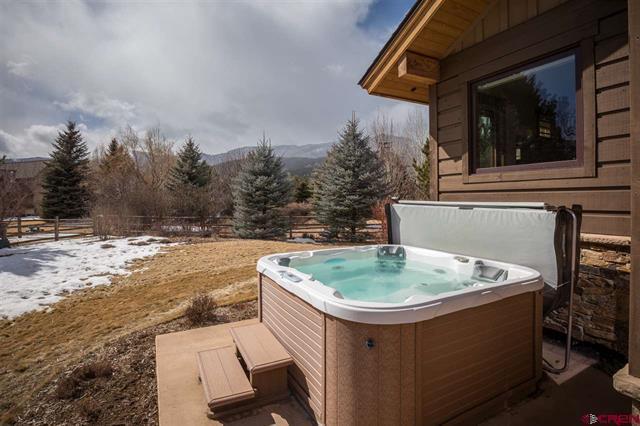 Big Red Rock Views from Every Room luxury properties