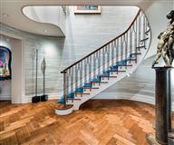 Trophy Maisonette Home With Garden in New York luxury properties