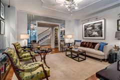 Mansions Trophy Maisonette Home With Garden in New York
