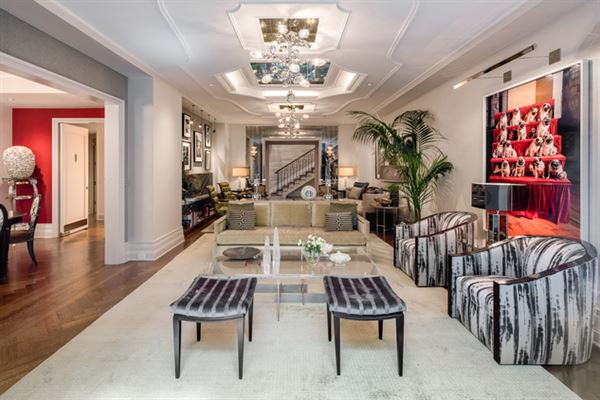 Luxury homes Trophy Maisonette Home With Garden in New York