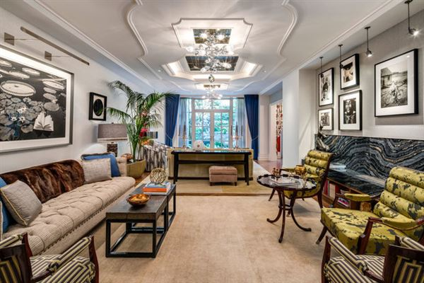 Luxury real estate Trophy Maisonette Home With Garden in New York