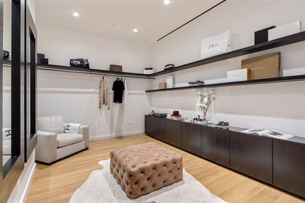 Luxury homes in Phenomenal views