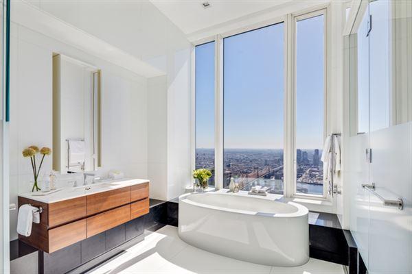 Mansions in Phenomenal views
