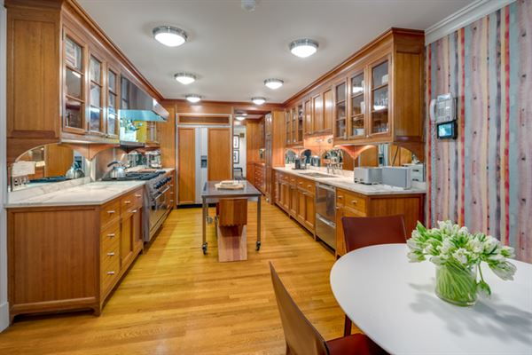 Luxury properties Neo-Federal Townhouse Moments from Fifth