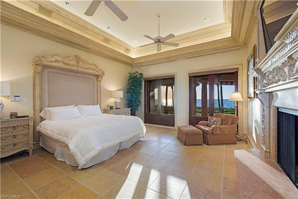 Mansions the pinnacle of beachfront luxury living