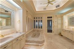 Luxury properties the pinnacle of beachfront luxury living