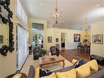 Luxury homes in a comfortable home in naples