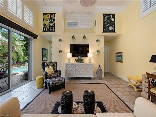 Luxury properties a comfortable home in naples