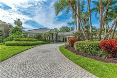 Mansions in Amazing fairway golf home