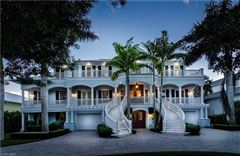 spectacular estate in the heart of Old Naples luxury real estate