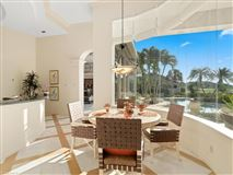 Mansions in an ultimate breathtaking dreamscape In Florida