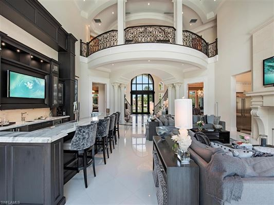 Chateau Monet luxury homes