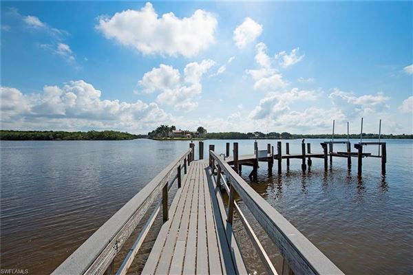 Mansions quintessential Port Royal lot with beautiful views