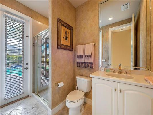 stately property on beautiful golf course view lot mansions
