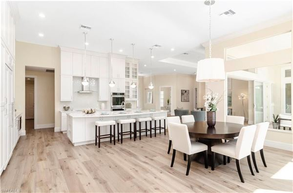 Mansions  ranch-style custom home