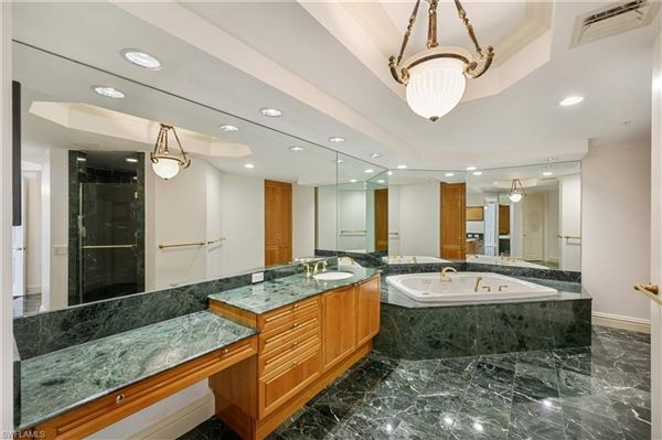 Luxury properties special unit at The world-class Windsor