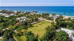 Perfect opportunity to build your dream home luxury real estate