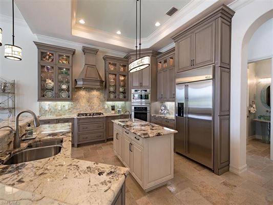 Luxury real estate Exceptional details in this home