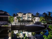 Mansions in waterfront new construction with wow factor