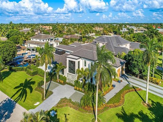 waterfront new construction with wow factor luxury properties