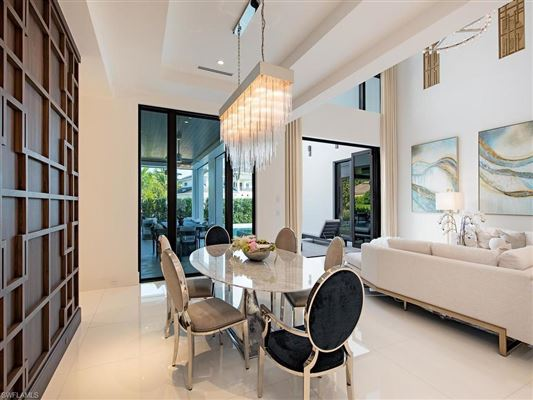 Mansions waterfront new construction with wow factor