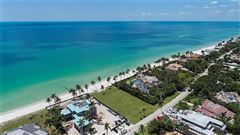 Mansions rare lot on the gulf of mexico