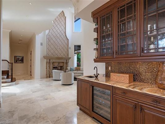 Luxury homes in magnificent Olde Naples estate