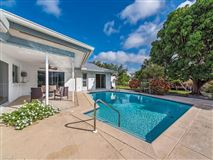 Luxury properties Your beach bungalow  awaits in the desirable neighborhood of Seagate