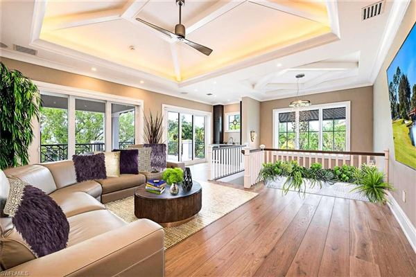 Remarkable new construction in ideal location luxury properties