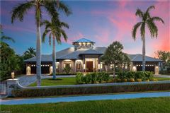 Luxury properties One of a kind on Marco Island