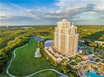 Luxury homes in exquisite unit boasts spectacular panoramic views