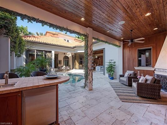 Luxury homes in Stunning custom built courtyard home
