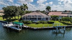 Mansions in Gorgeous and well-maintained waterfront home