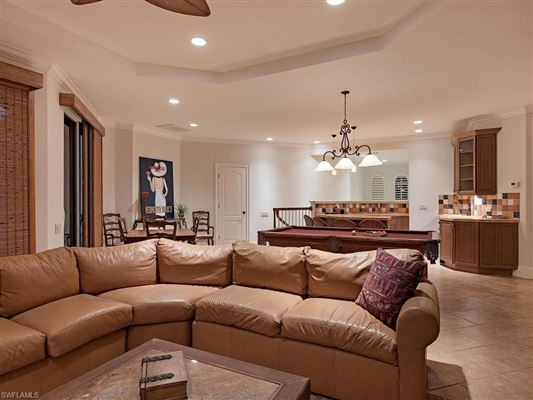 Relaxed luxury home luxury properties