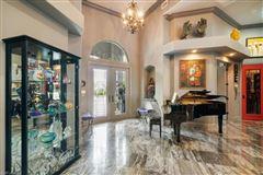 Luxury homes a custom contemporary estate