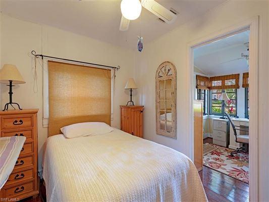 Luxury properties HISTORICAL OLDE NAPLES HOME