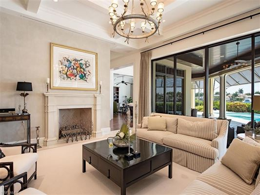 Unique and spacious home luxury homes