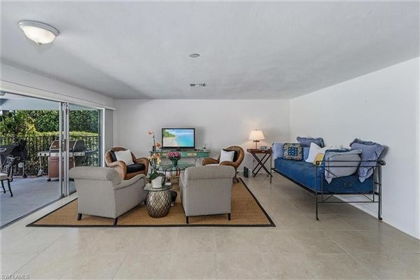 a prime location on the Moorings Country Club luxury homes