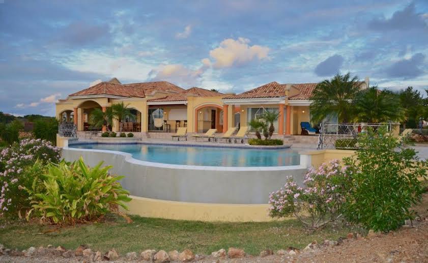 Luxury homes Terres Azure Estate