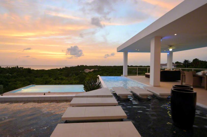 Grand Bleu luxury properties