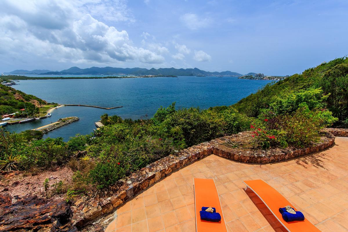 Luxury homes in Villa Marine Lago