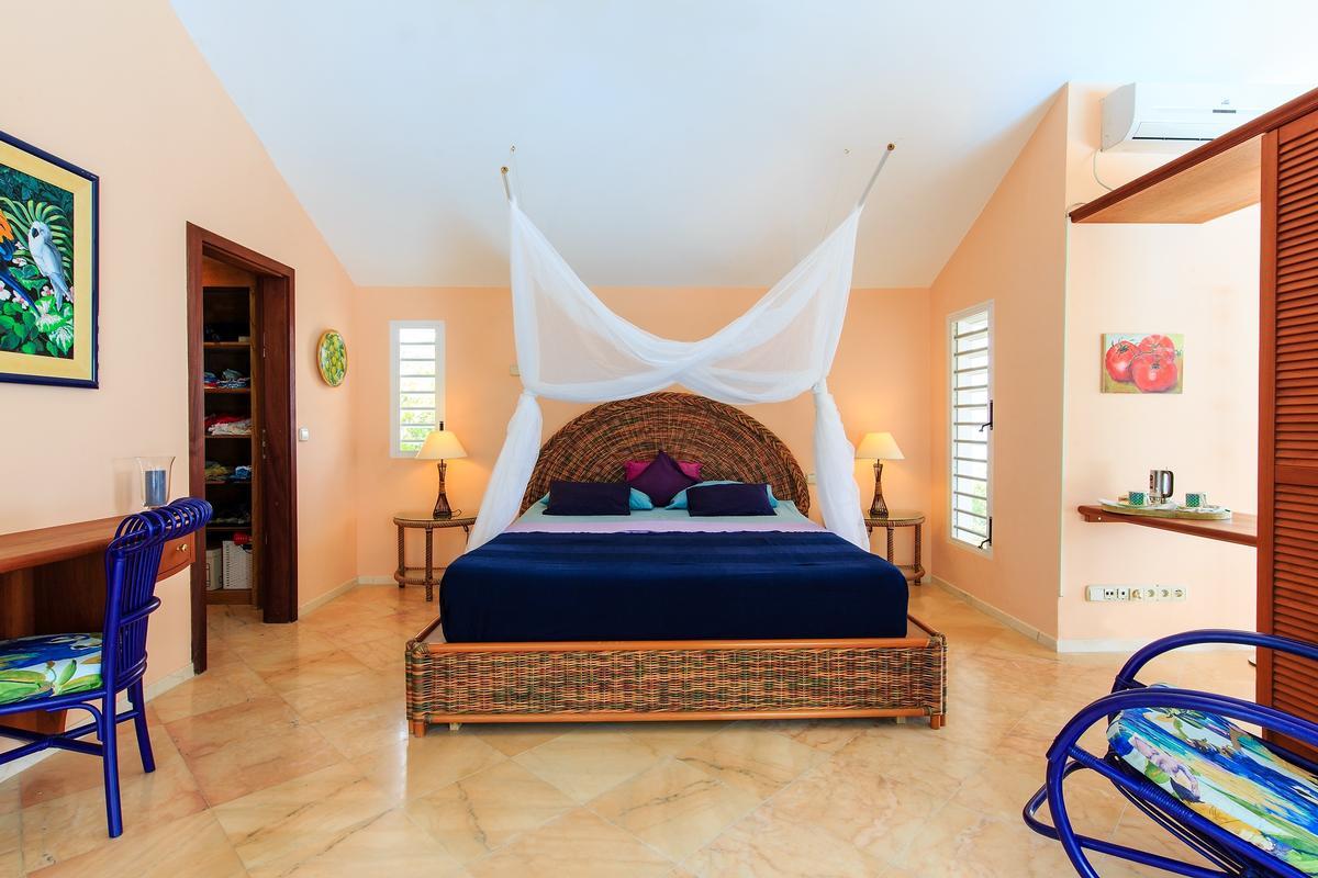 Luxury properties Villa Marine Lago