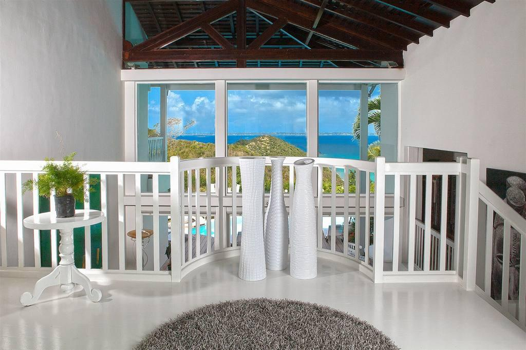 Mansions Caye Blanche